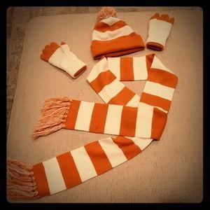 Winter Set - Beanie, Scarf, Gloves UT Burnt Orange